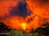 Volcan eruption DRI16 060215-2-Modifier-2